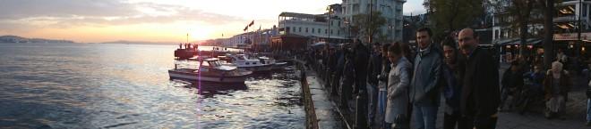 O Estreito do Bósforo em Ortaköy, Istambul
