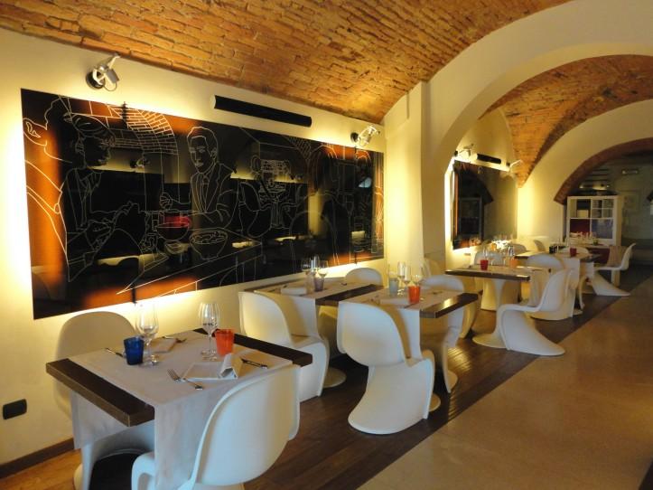 Uma das salas do restaurante Pepenero