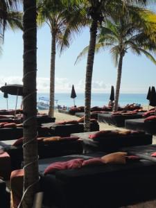 Barraca na praia em frente ao hotel Mosquito Beach