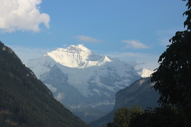 A montanha Jungfrau vista de Interlaken