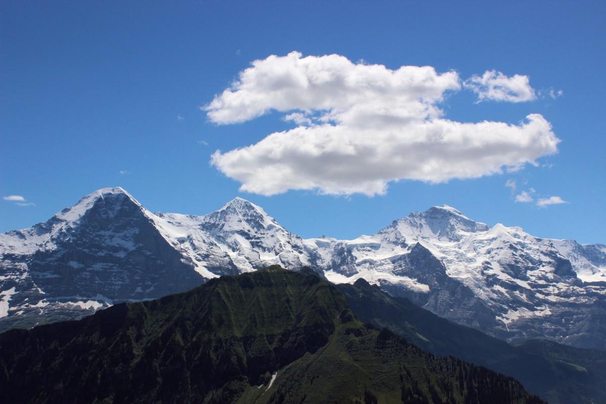 De Interlaken à Jungfrau, uma das montanhas mais famosas da Suíça
