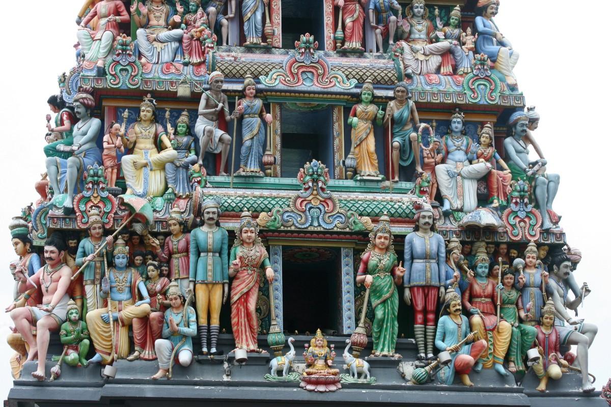 Templos, compras e comida de rua em Cingapura