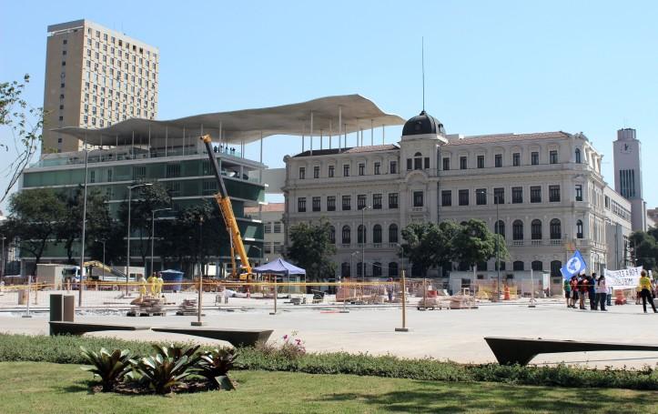 Os dois prédios que formam o MAR, no Centro da cidade