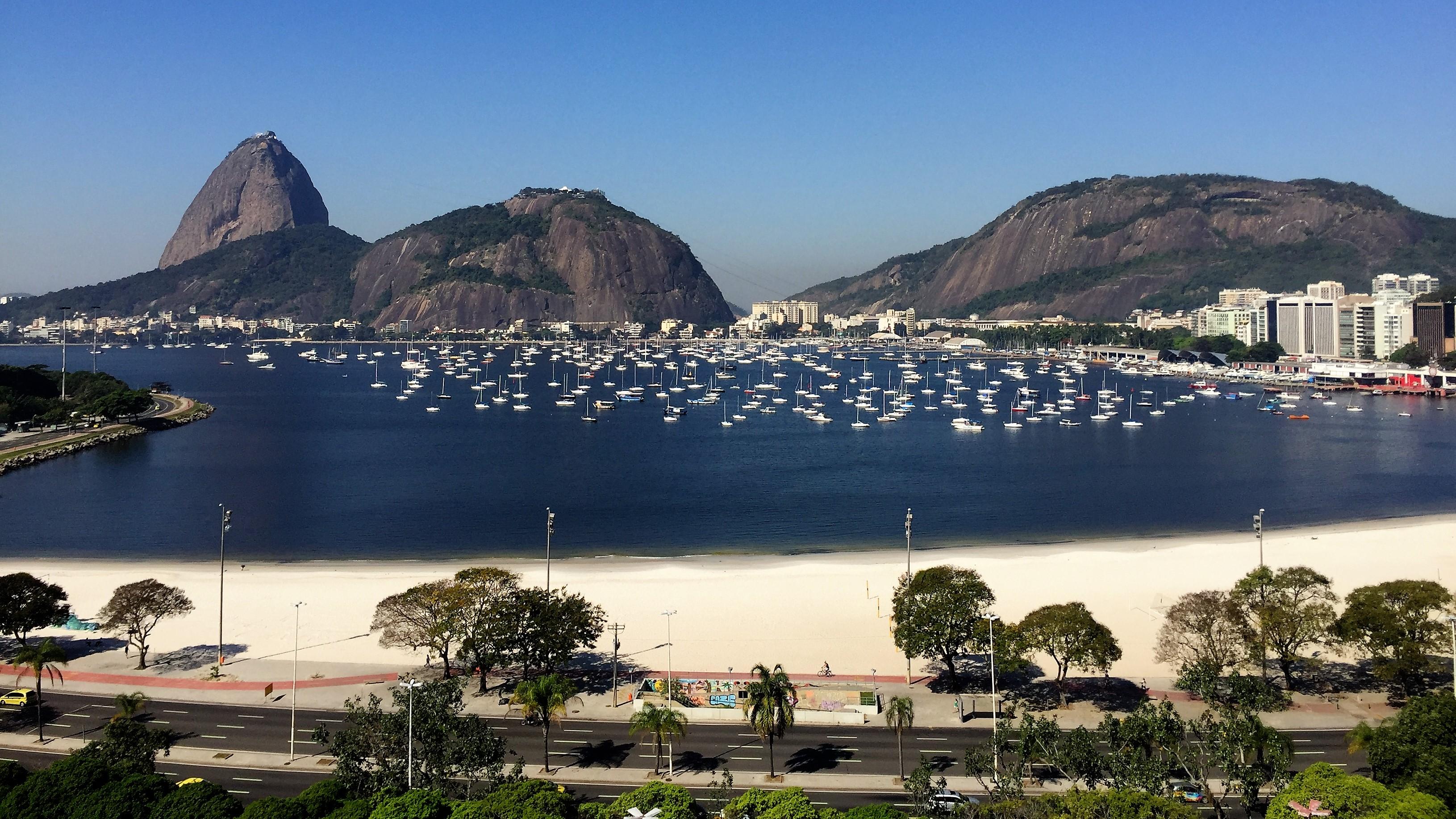 O Pão de Açúcar e a Baía de Guanabara vistos do hotel Yoo2 Rio de Janeiro